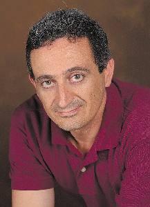 Martínez Anaya, Carmelo