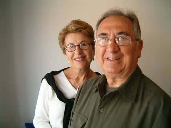 Miguel Sáez García junto una vez jubilado, junto a su esposa